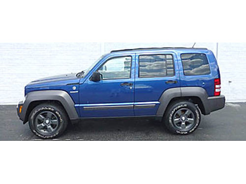 10 JEEP LIBERTY SKYLIDER 4X4 Renegrade Only 66K Miles Skyslider Local One Owner Easy To Finance