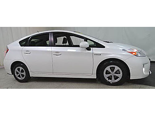 12 TOYOTA PRIUS TOURING Ultra Low Miles Navigation Moonroof Toyota Certified One Owner Se Habla