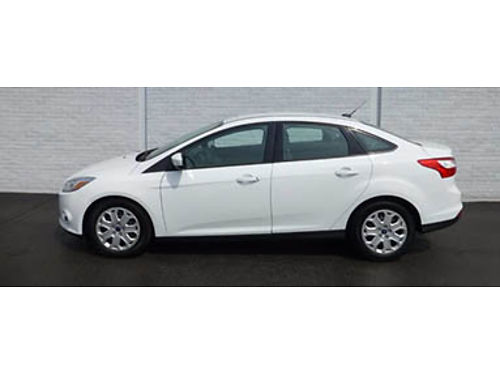 12 FORD FOCUS SE One Owner Ford Dealer Ford Inspected Fully Loaded Local Trade Se Habla Espanol