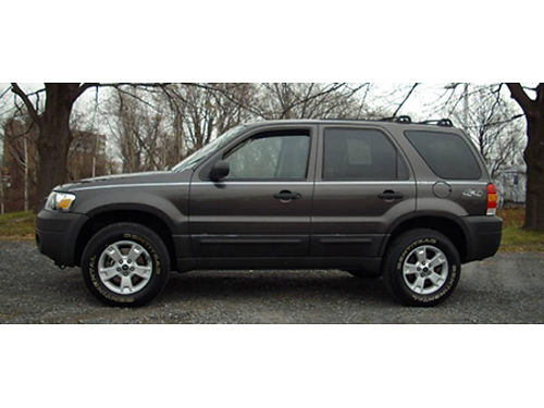 06 FORD ESCAPE HYBRID 4WD Very Hard To Find 4WD Hybrid Ford Dealer Ford Inspected Call With Con