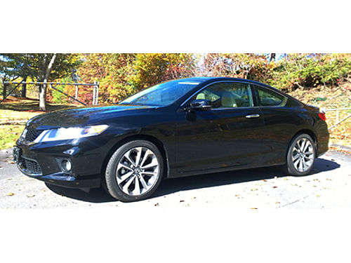 14 HONDA ACCORD EX CPE Sporty Good Looks Low Miles Look No Further This Is The One file Photo