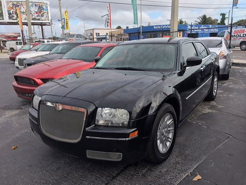 2008 CHRYSLER 300 LIMITED AC All Power Automatic Fully Loaded Leather We Finance Everyone Buy