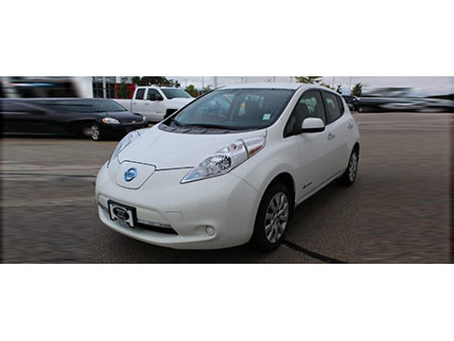 2016 NISSAN LEAF S Only 22K Miles Immaculate 1 Owner Carfax Automatic Backup Cam Heated Seats S