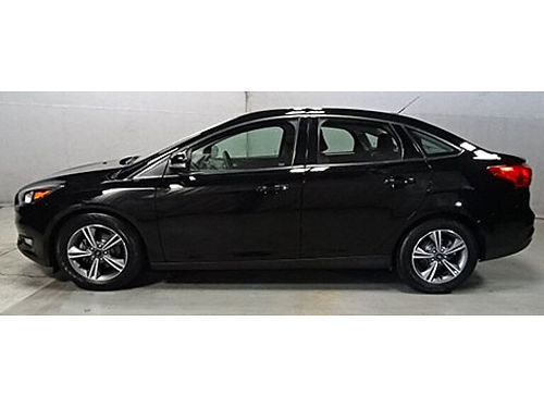 2017 FORD FOCUS SE 6 Spd Automatic Clean Carfax Bluetooth Balance Of Factory Warranty Backup Cam