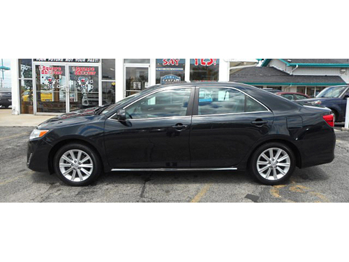 2014 TOYOTA CAMRY XLE 1-Owner  Extra Clean New Tires Leather Seats Bluetooth Blind Spot Sensors