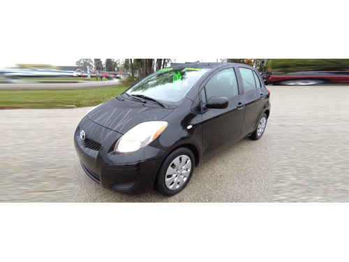 2009 TOYOTA YARIS Full Power Options CD Player Only 75k Miles Dont Miss Out Call 1-888-256-999