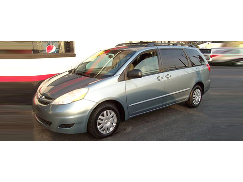 2007 TOYOTA SIENNA LE Extra Clean 7 Passenger Cruise Family Ready Call 1-888-602-1176 5990