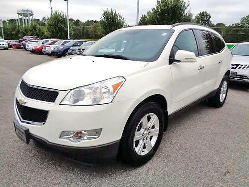 12 CHEVY TRAVERSE LT 3RA FILA AC DUAL ALLOYS AUTO  SUPER LIMPIA 4 PTS 214 646-8324 11900