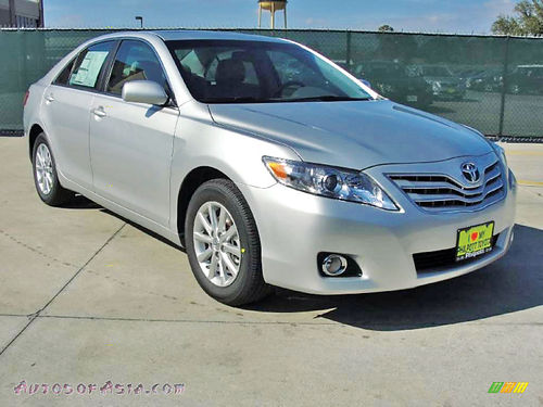 11 TOYOTA CAMRY XLE AC DUAL ALLOYS AUTO BAJAS MILLAS LUXURY PACKAGE PIEL QUEMAC V6 4 PTS