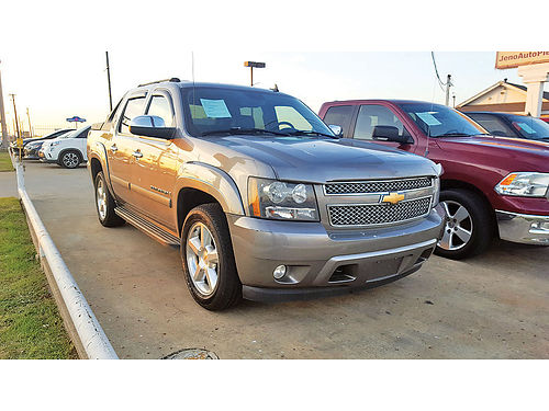 07 CHEVY AVALANCHE LTZ AC DUAL ALLOYS AUTO ESTRIBOS PIEL PROTCAJA 4 PTS COVERTOR DE CAJA