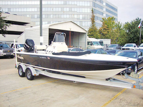 11 MAKO CENTER CONSOLE 22FT 200 HP READY FOR FISHING LOW HOURS 713 780-1616 24850