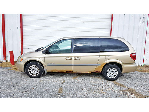 05 CHRYSLER TOWN  COUNTRY PIEL 713 694-5665 2500