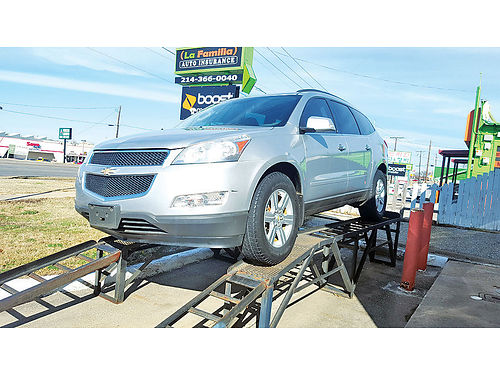 11 CHEVY TRAVERSE LT 3RA FILA AC DUAL ALLOYS AUTO SUPER LIMPIA 214 646-8324 9900
