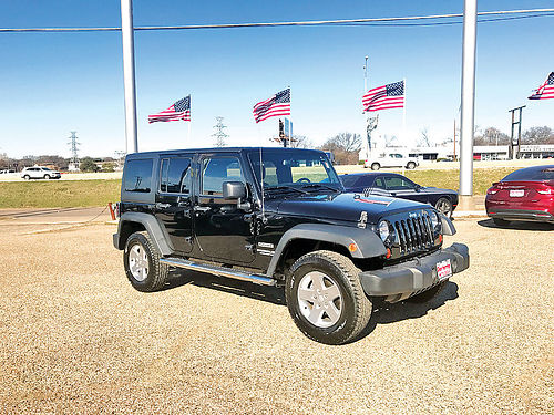 13 JEEP WRANGLER UNLIMITED 4X4 4 PTS SOLO 46000 MILLAS 26376A 214 989-7288 466MES