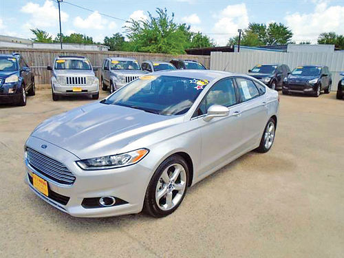 16 FORD FUSION FWD AC DUAL ALLOYS AUTO BAJAS MILLAS SUPER LIMPIO 4 PTS 713 772-7466 1495