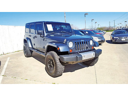 08 JEEP WRANGLER UNLIMITED SAHARA 4X4 AC DUAL AUTO CUSTOM RIMS ESTRIBOS 817 717-2562 1100E