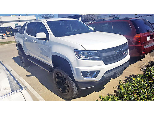 16 CHEVY COLORADO Z71 4X4 AUTO BAJAS MILLAS BLUETOOTH CUSTOM RIMS ESTRIBOS LIFTED PROTCAJA