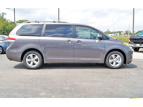 13 TOYOTA SIENNA 40269A 713 574-5046 269MES