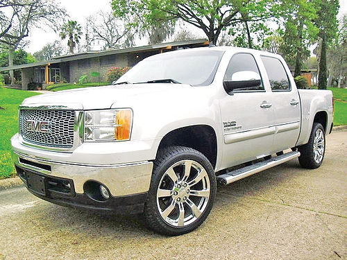 11 GMC SIERRA SLE TEXAS EDITION AC DUAL ALLOYS AUTO PIEL 4 PTS RAWLINGS EDITION 1140 713