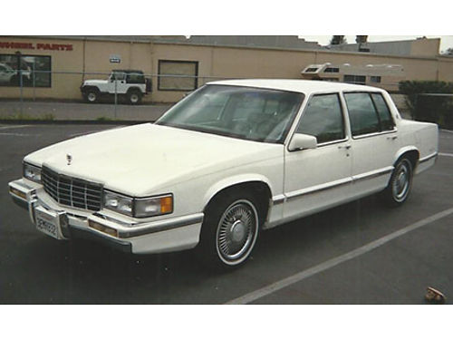 1993 CADILLAC DEVILLE classic 77000 miles tilt air leather V-8 all power new tune up tires