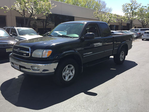 2000 TOYOTA TUNDRA Access Cab V8 Limited 112k low orginal miles runs perfect good condtion blk