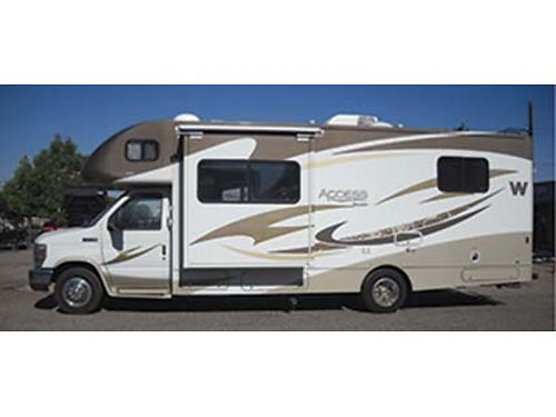 2013 WINNEABAGO ACCESS PREMIER Model M-260P Ford Chassis 11811 Miles Sleeps 6 40 Onan Generato