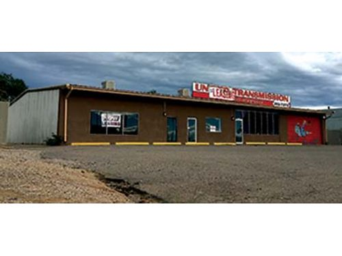 WAREHOUSE  OFFICE SPACE WPARKING ABQ 2000Sq Ft Available 1700 SF Warehouse And 300SF Office