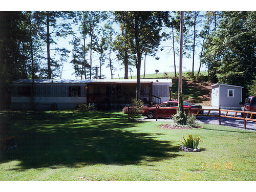 1998 CLAYTON 14X70 3 bedroom 2 bath set up on permenant foundation on 1 acre lot in Bulls Gap TN