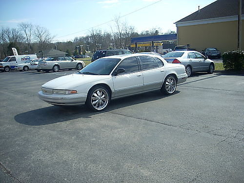 1997 CHRYSLER LHS 88k original leather fully loaded sunroof power everything alarm system CD