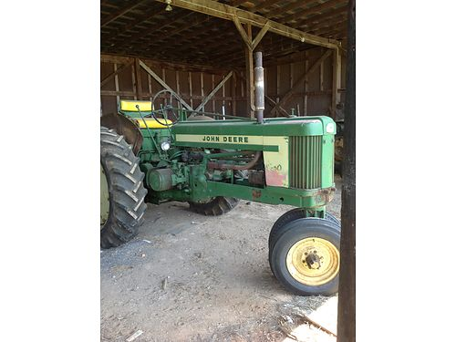 TRACTOR 1958 John Deere Model 520 wfenders gas powered ps live PTO 3pt hitch looks  runs goo