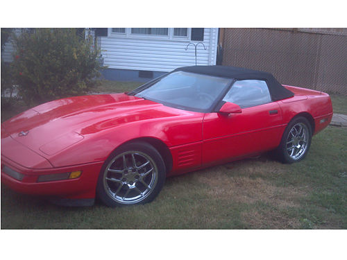 1990 CHEVROLET CORVETTE CONVERTIBLE 350 auto Red w2 tone leather new top  interior 18 Mag whe