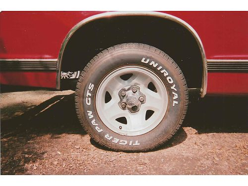 WHEELS  TIRES Set of 5 steel 5 lug wheels off Chevy S-10 21570R15 decen tread sell all for