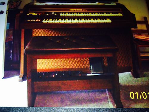 ORGAN Imperial 5050W wbench pedals original manual solid wood cabinet exc cond 600 865-453