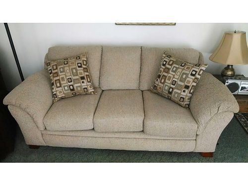 SOFA beige w2 loose decorative pillows same as new condition 275 obo 865-691-5070 see photo at