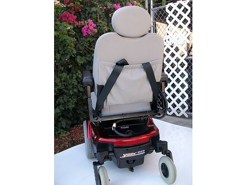 JAZZY 1122 POWERCHAIR 2wd Red IndoorOutdoor model powerseat  harness connectors remote control