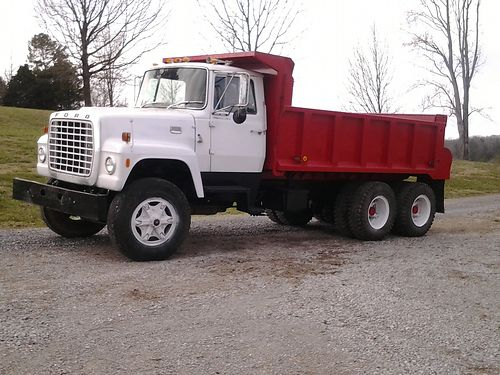 DUMP TRUCK 1978 Ford 8000 wrebuilt 3208 CAT engine Trans is 5  4 spd Newer