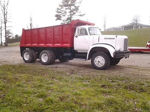 DUMP TRUCK 1971 Hendrickson HD double frame 16yd box wnew bottom Rebuilt 671 Detroit eng 13spd