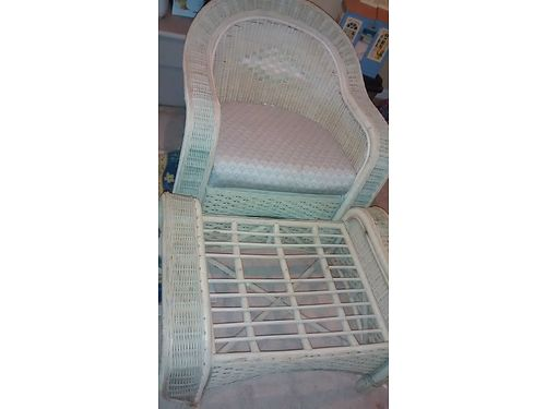 CHAIR WOTTOMAN 2pc Wicker Top Quality from Pier One approx 40yrs old very study good shape