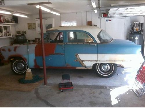 1953 FORD 4-DOOR SEDAN Rebuilt Flathead V8 very solid but needs restoration can hear run comes
