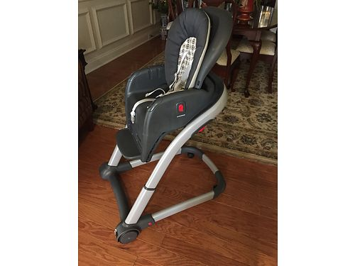 HIGH CHAIR Grayco w2 trays 75 see photo at wwwrecyclercom 865-693-0213