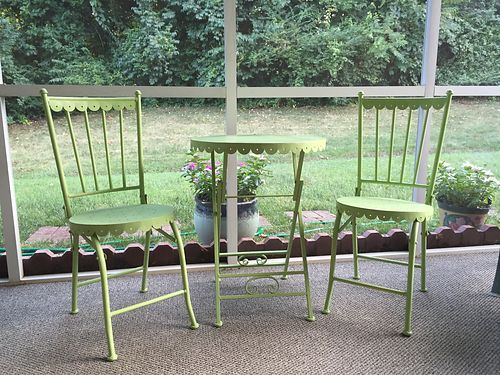 BISTRO SET lime green table  2 chairs nice cond 85 see photo at wwwrecyclercom 865-693-021
