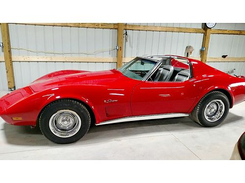 1975 CHEVROLET CORVETTE STINGRAY 350 fresh Red paint wt-tops 4spd tinted windows all matching n