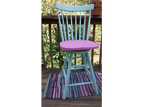 KITCHEN STOOL Vintage kitchen stool Chalkware painted 80 865-322-3337 see photos at wwwrecycle