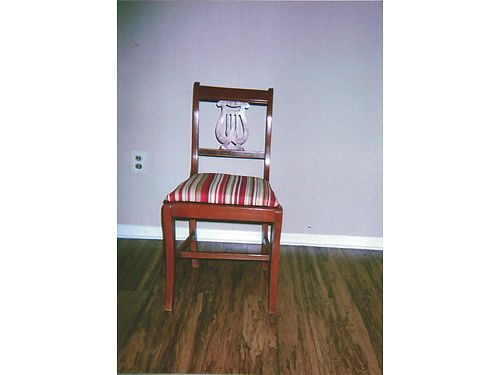 ACCENT Chair rare wpadded upholstered seat 35 865-306-9914 calls only no text see photo at