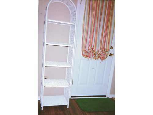 CURIO STANDSHELF White Wicker 5 removable shelves 69h 185w 14d 75 865-306-9914 calls on