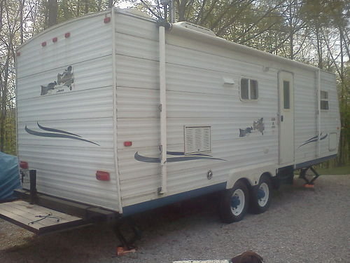 2003 JAYCO JAY FLITE 26 14 Slide Sleeps 6 fully self contained full bath wshower kitchen w