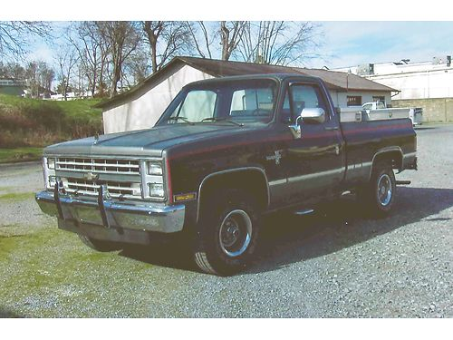 1987 CHEVROLET SILVERADO 1500 4wd Shortbed 350 V8 auto fully loaded air ps pb bedliner fact