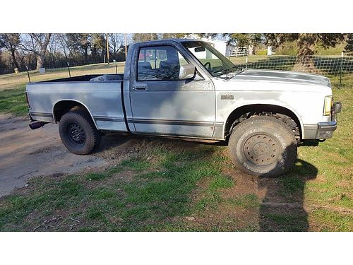 1987 CHEVROLET S-10 4wd 28L 4cyl auto needs trans work torque convertor  f