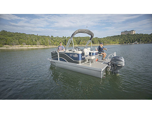 2017 G3 V16 FISHING PONTOON Call for Price  details LINDAS LAKESIDE MARINE 865-993-4343