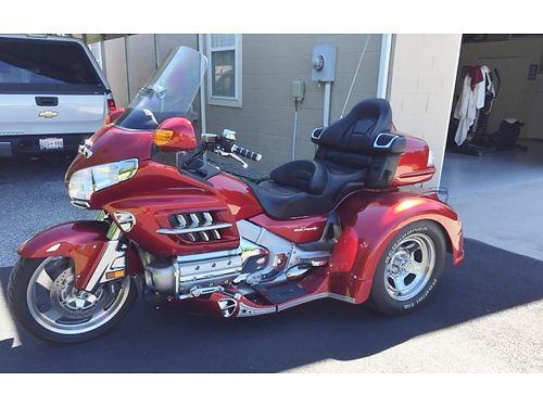 2008 HONDA GOLDWING GL1800 TRIKE Beautiful Candy Apple Red floorboards running lights hitch St